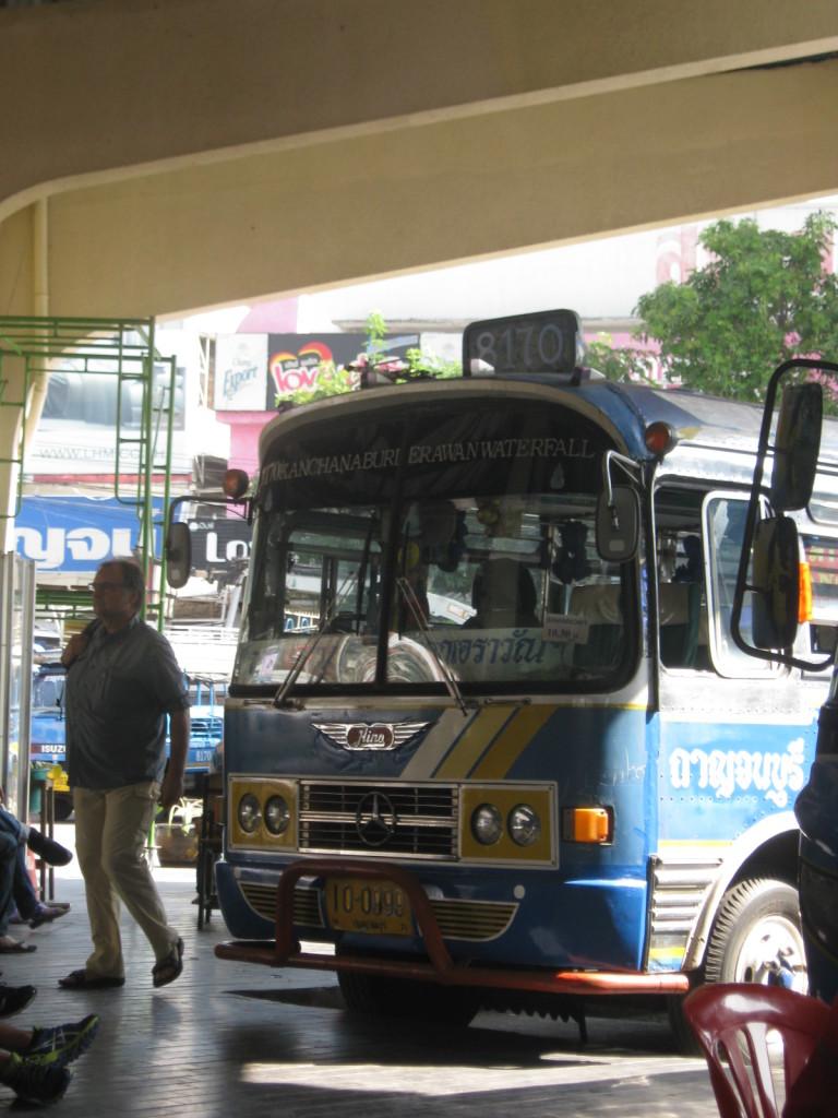 Bus nach Erawan Nationalpark