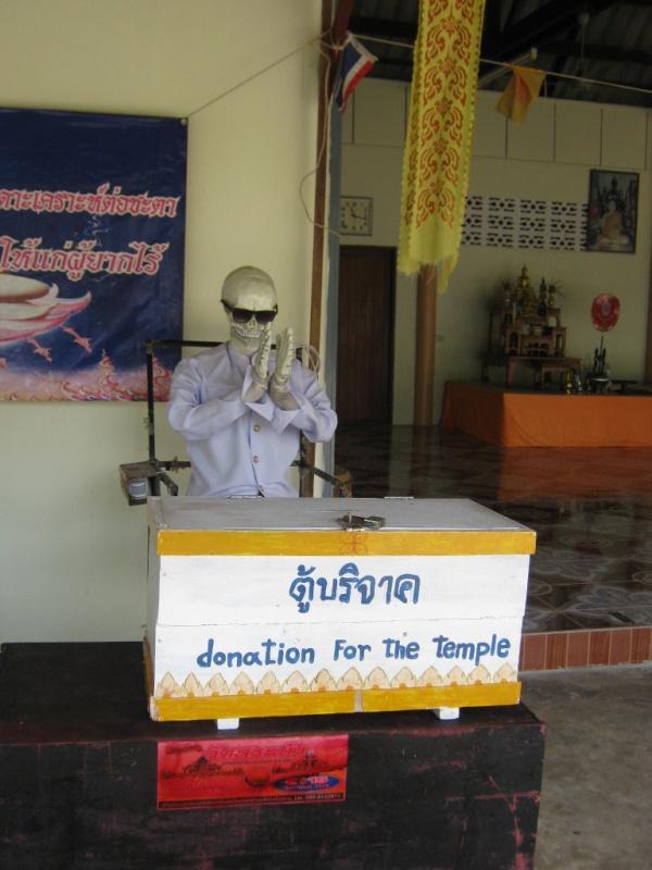 Koh Chang Tempel Geldeintreiber